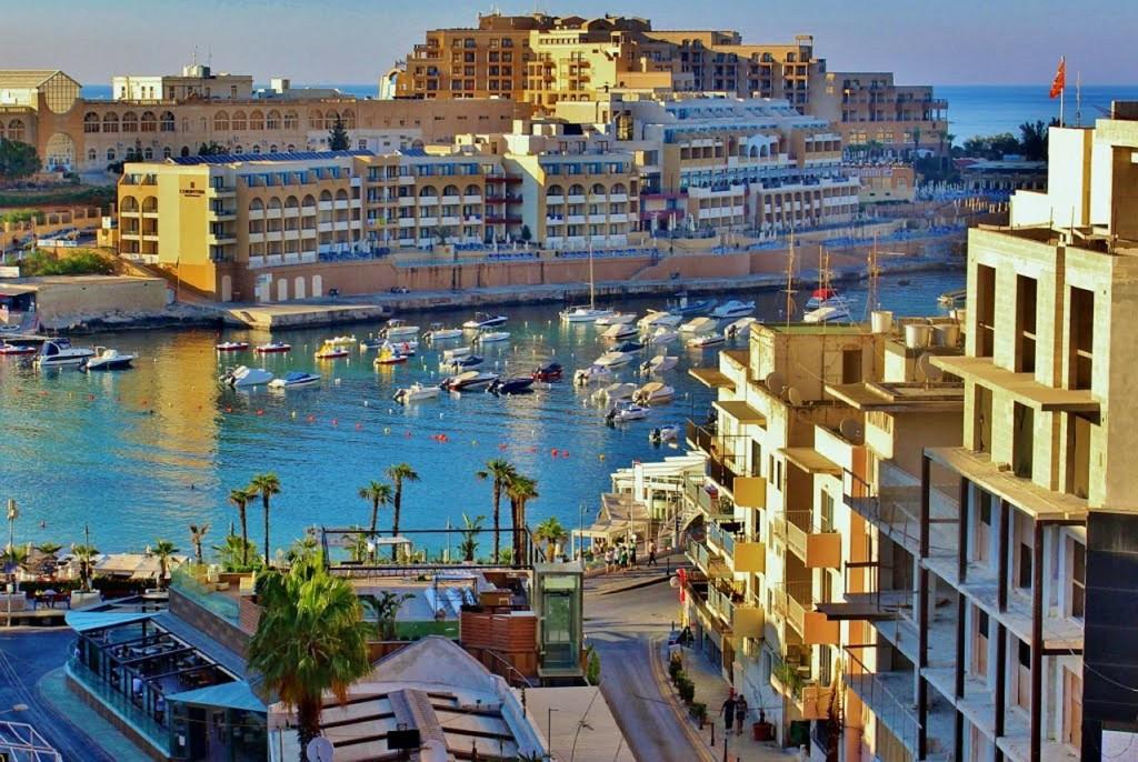 Авиабилеты wizz air в Мальту
